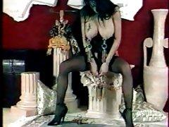前夕120裸体色情户外吸烟的由西尔维娅chrystall从